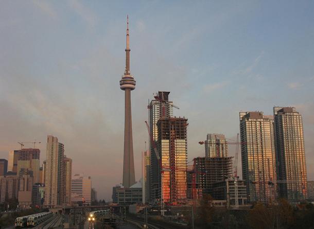 40 reasons to move to Toronto